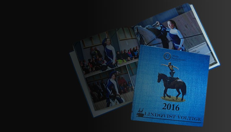 Picture book with unitards for equestrian vaulting